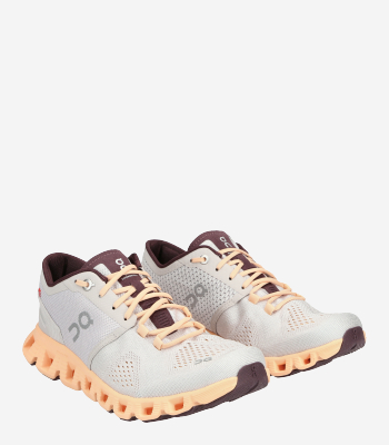On Running Women's shoes Cloud X