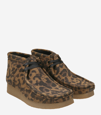 Clarks Women's shoes Wallabee Boot2